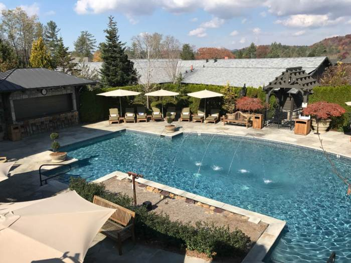 Old Edwards inn and Spa pool