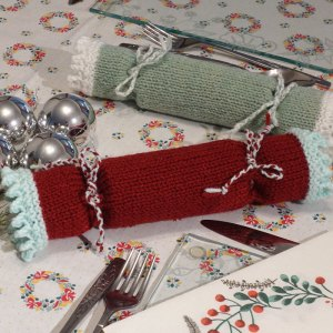Christmas cracker knitting pattern