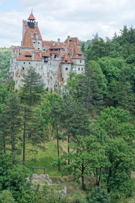 A guide to Brasov: The charming Transylvanian city that stole our hearts, Brasov, dracula, vlad the impaler, Transylvania, Bran Castle, Carpathian mountains, Busteni, Cabana Babele, Transfagarasan highway, Ceaușescu, Bâlea Lake, Lezerul Caprei, hiking, trails, where to hike, Mount Tampa, Council Square, black church, medieval,