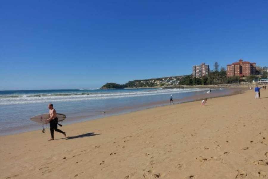 Sydney coastal walks, Coastal walks and amazing beaches around Sydney. Where to escape the city and head to the sea, Best coastal walks around Sydney, Bondi Beach, Manly Beach, Shelly Beach, Manly to Spit, Icebergs, Surfing, Bondi to Coogee,