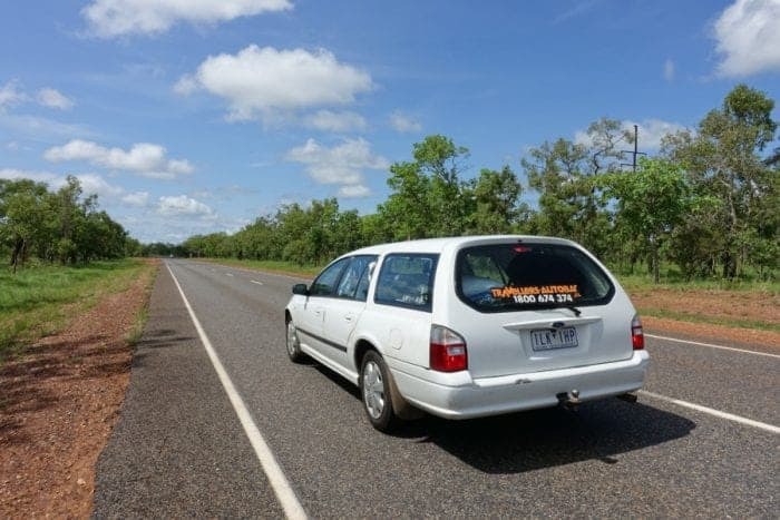 renting a campervan in Australia, tips for renting a campervan, things to know before renting a campervan in Australia, cheap camper van hire. Campervan insurance, advice, campervan rental Austalia, renting a campervan in Australia, campervan hire , RV, Free camping Australia, RV Hire, Campervan costs, Can you rent a campervan without a credit card, motorhome hire, campers for sale, stationwagon, camper rental, car with tent, wicked campers, travellers autobahn, small campervan, backpacker campervans, graffitied campervans, cheap campers, motorhomes Australia, caravan rental, caravan parks, cheap places to camp in Australia, campervan insurance, Melbourne, Sydney, Brisbane, Queensland, Uluru, Ayres Rock, Kangaroo sign, adventure, backpacking Australia, working holiday visa, working tourist visa,