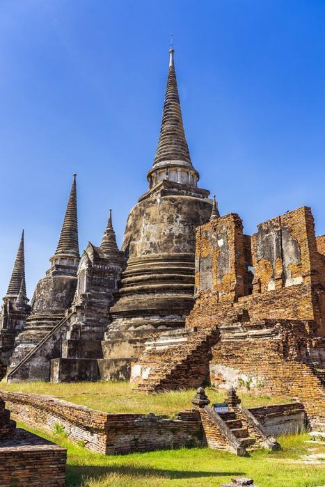 3 huge stupas, Ayutthaya day trip from Bangkok, Ayutthaya tour from Bangkok, Getting to Ayutthaya from Bangkok, Ayutthaya day tour from Bangkok, bus Bangkok to Ayutthaya, train Bangkok to Ayutthaya, how to get to Ayutthaya from Bangkok by train, day trip to Ayutthaya from Bangkok, Bangkok to Ayutthaya train, best day trip from Bangkok, Ayutthaya Day Trip From Bangkok, Thailand