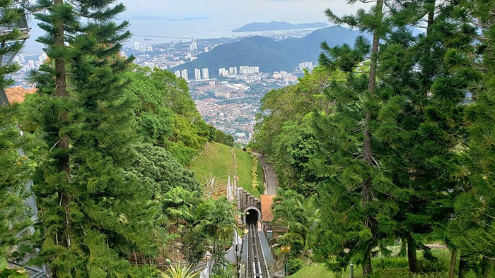 Penang Itinerary: What to do in Penang in 3 days: Georgetown Malaysia guide. Penang Hill