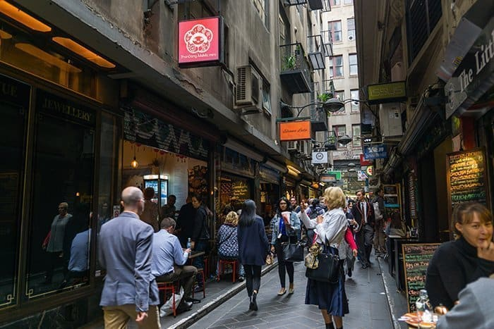 Melbourne 5 day itinerary: best places to visit in Melbourne. Centre place and coffee