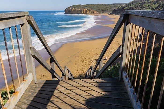 Melbourne 5 day itinerary: best places to visit in Melbourne. Bells beach Torquay on Great Ocean Road surfing.