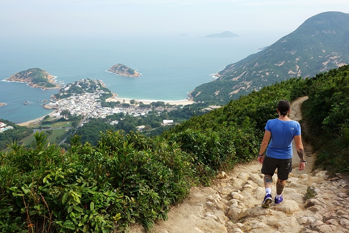 Hiking dragons back ridge on Hong Kong island, Backpacking in Hong Kong for backpackers, Backpackers guide to Hong Kong, Hong Kong on a budget trip