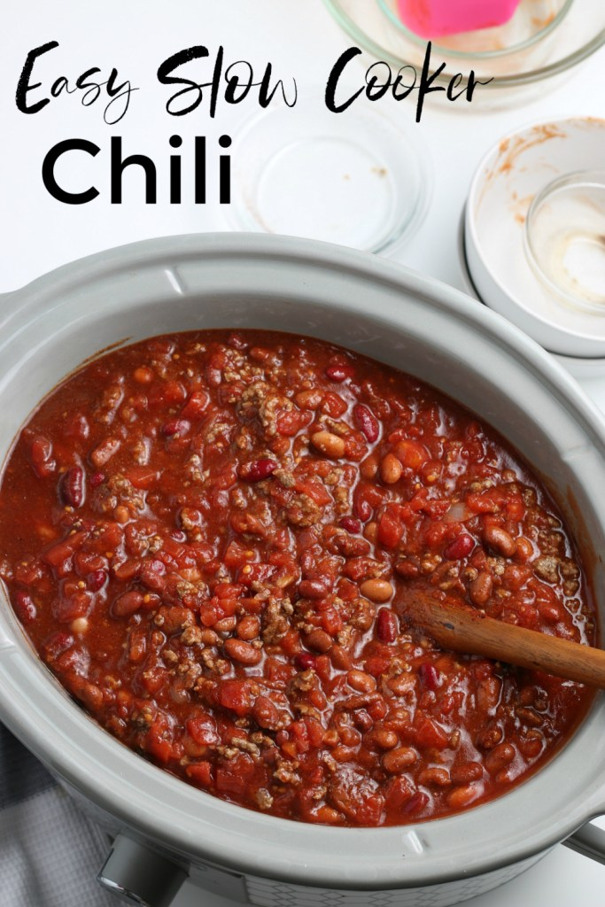 chili in a slow cooker