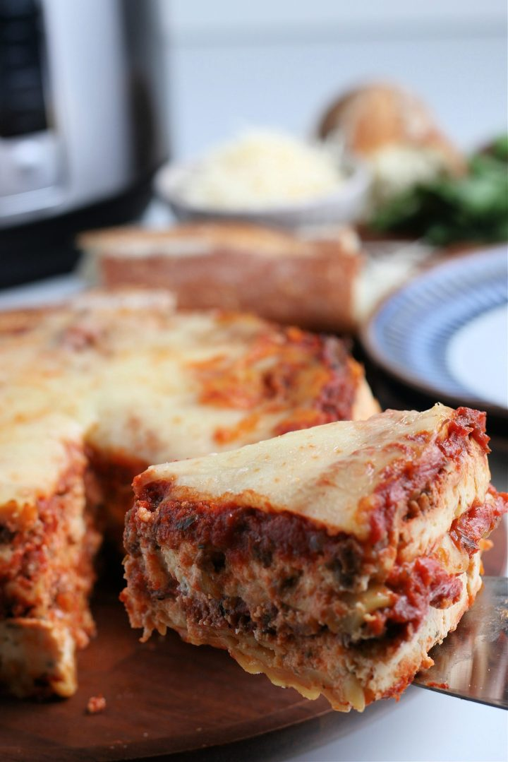 This hearty Instant Pot Easy Lasagna recipe can be enjoyed as it is, or you can serve it with a green side salad or roasted vegetables.