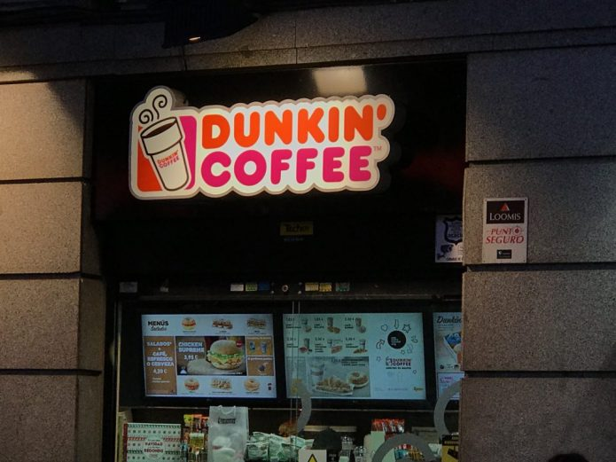 A Dunkin Donuts Ripoff Called Duffin Dagels Seriously