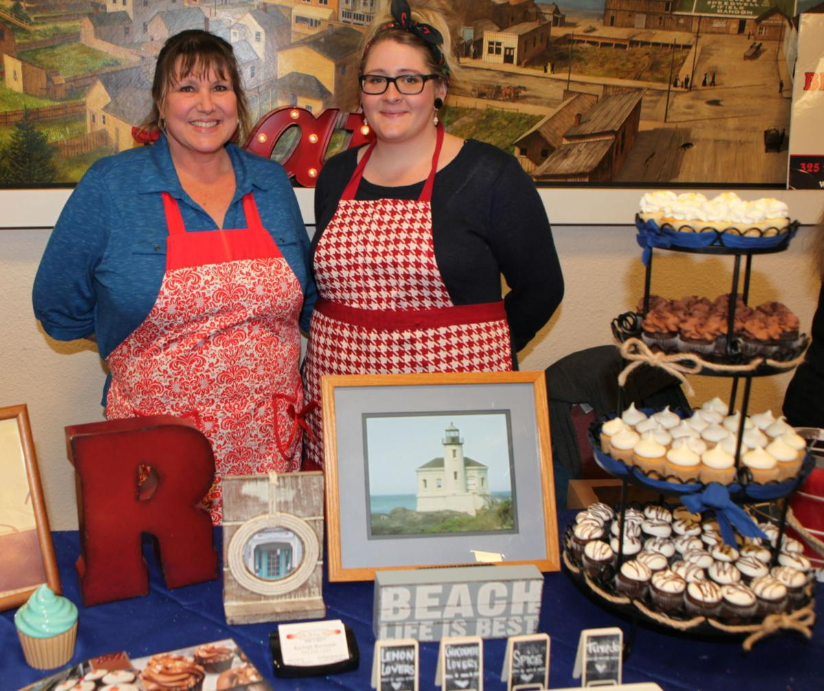 "the owners winning the 2017 bite of bandon ""best sweet"" award"
