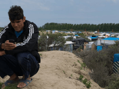 Phone provider supports refugees this winter