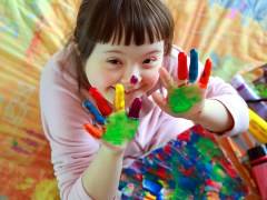 Arts boost for kids with brain injuries