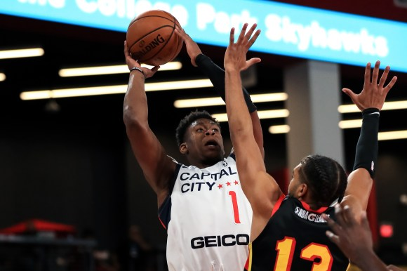 Admiral Schofield had his second G League double-double on Sunday