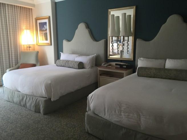 Loews Portofino Bay Hotel Universal Orlando   The Rose Table