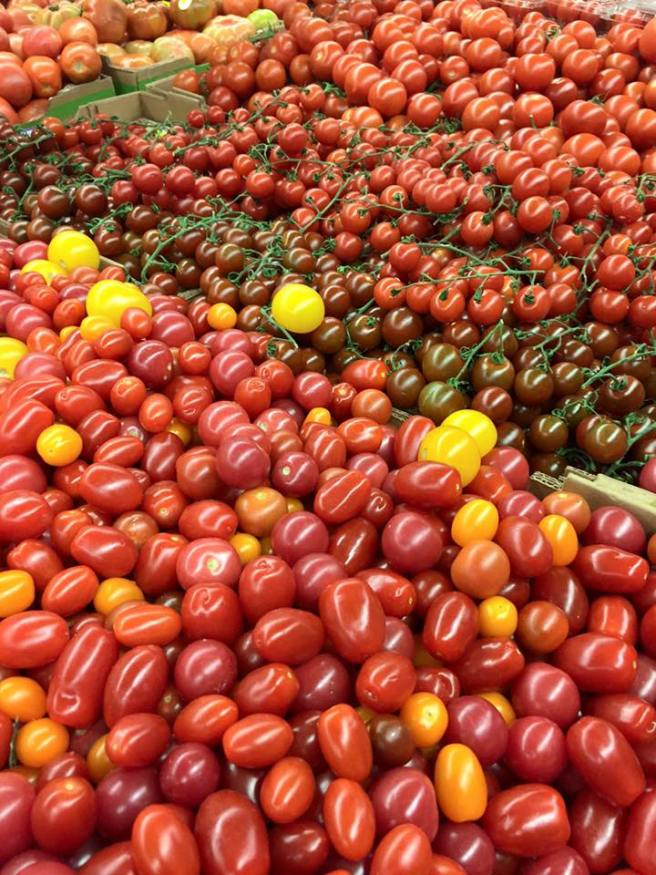 Central Market Tomatoes | The Rose Table