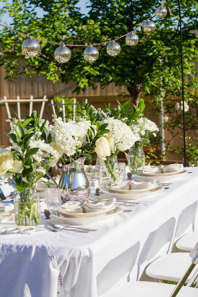 Diner en Blanc Table and Flower Ideas | The Rose Table