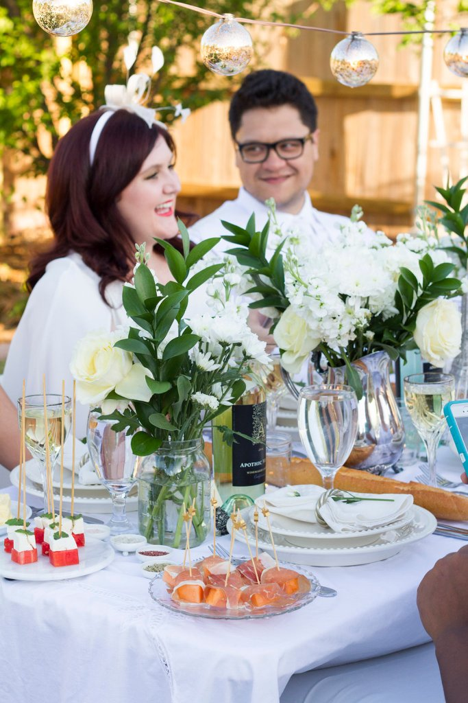 What to Wear to Diner en Blanc | The Rose Table