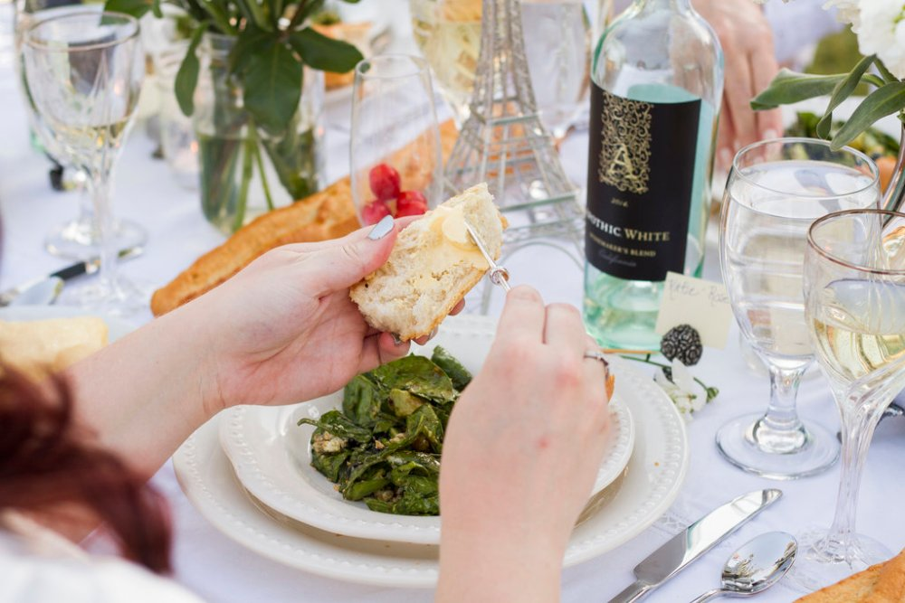 Baguettes at Diner en Blanc | The Rose Table