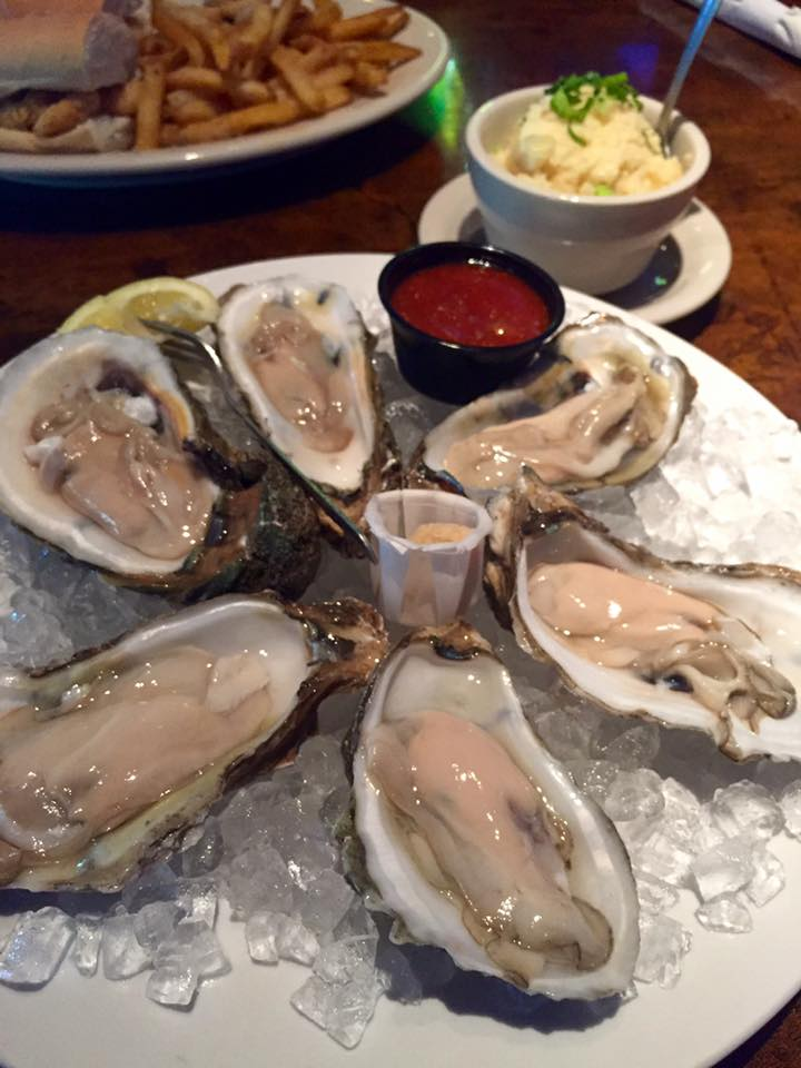 Oysters at Dodie's in Rockwall | The Rose Table