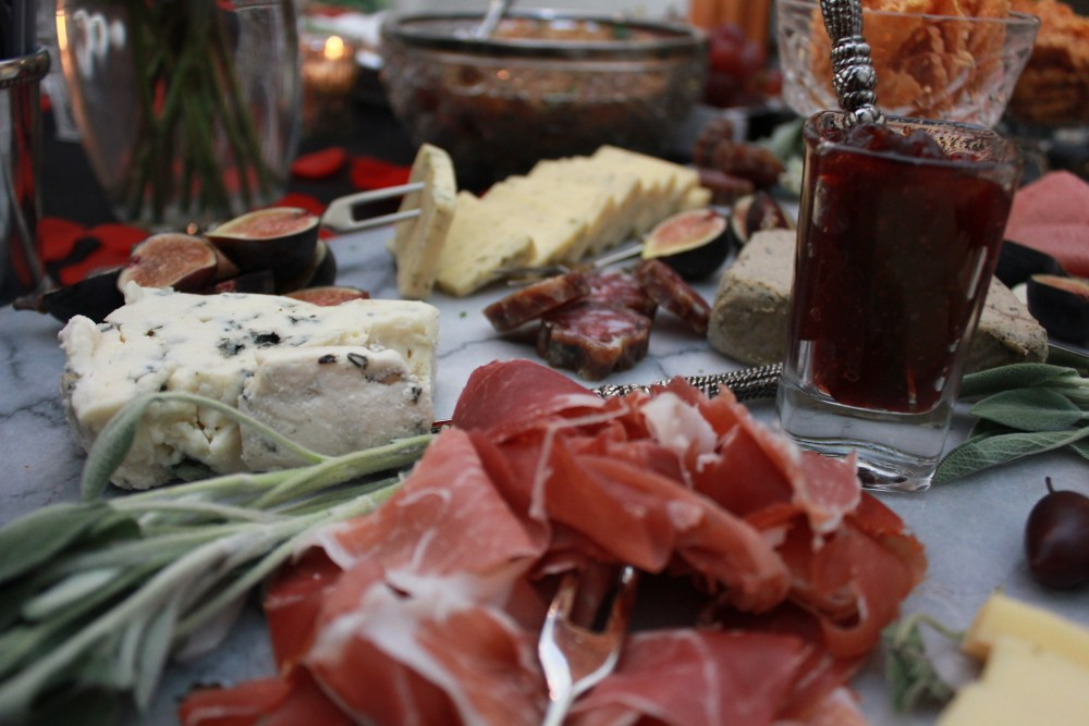 How to Make a Charcuterie and Cheese Board | The Rose Table