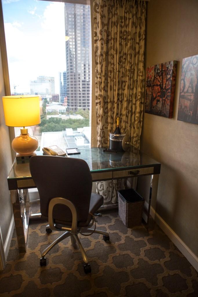 Fairmont Dallas Review | The Rose Table