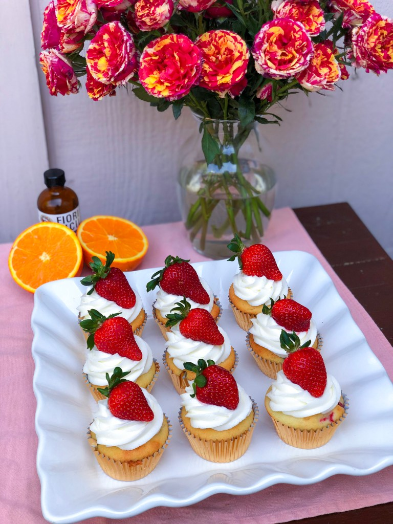 Strawberry Orange Cupcakes with Fresh Strawberries | The Rose Table