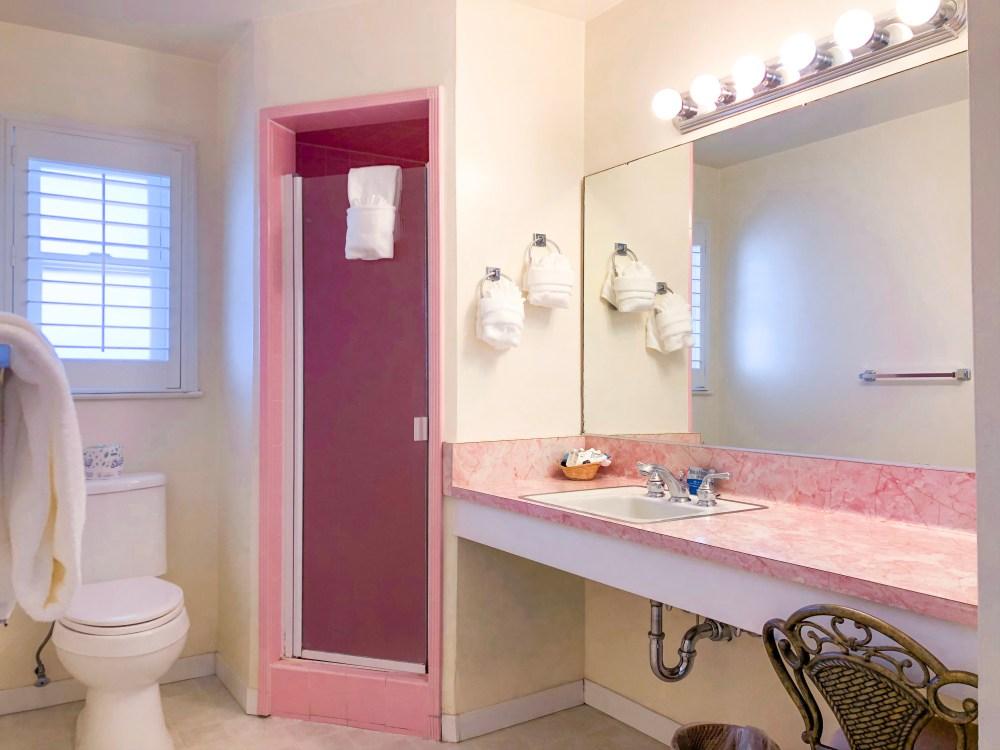 Hofsas House Hotel Bathroom