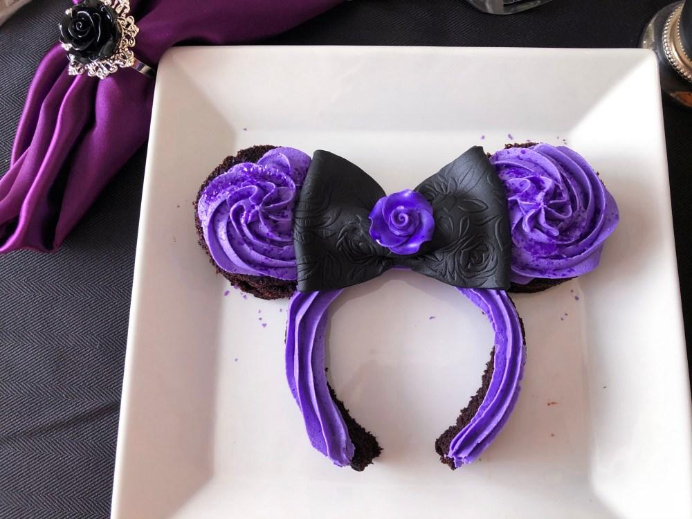 Mickey/Minnie Mouse Ear Cakes