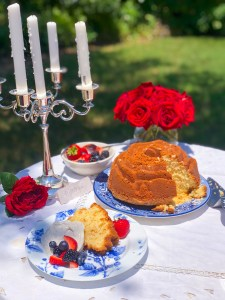Romeo and Juliet Cake, Shakespeare Party Recipes