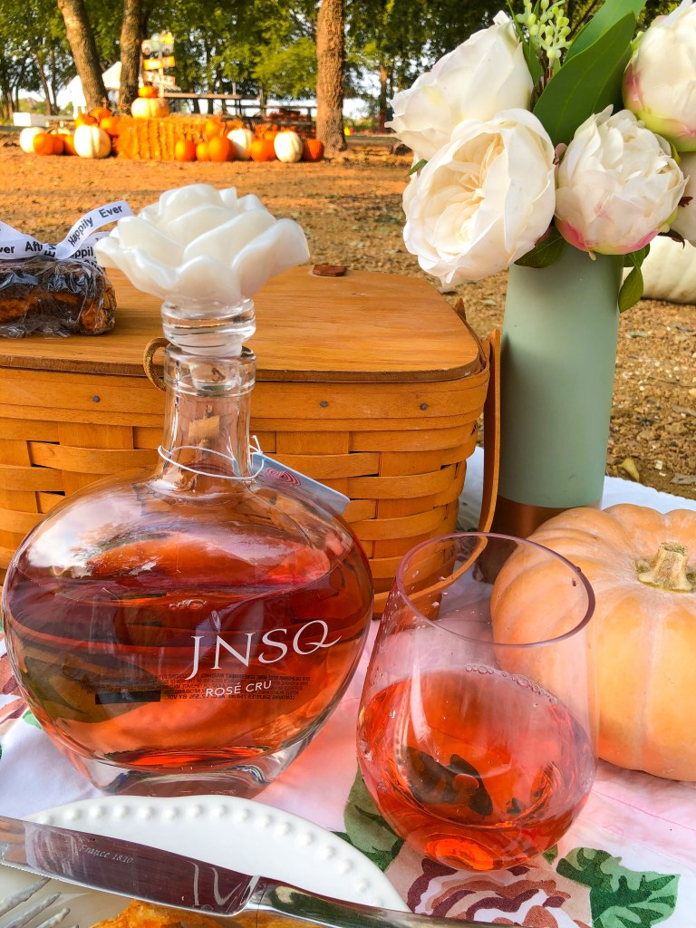 Fall Picnic Ideas, JNSQ Wine Review