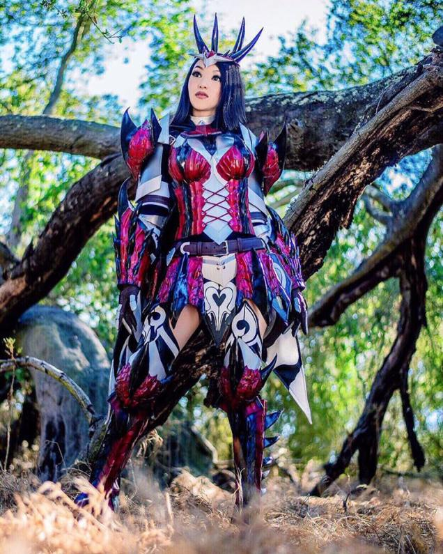 Monster Hunter Generations: DreadKing. Armor and weapons made entirely by Vampy. Photography by Fred Huelar