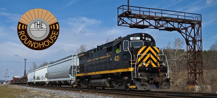 Train ME-1 leaves Meadville to work on the Oil City Branch. Photo by Nick Ozorak.
