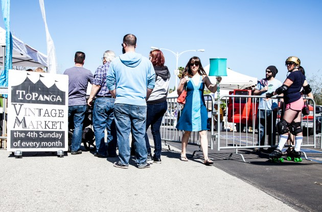 Visitors and buyers wait in line to get into the Vintage Market on Feb. 23. Photo: Lynn Levitt.