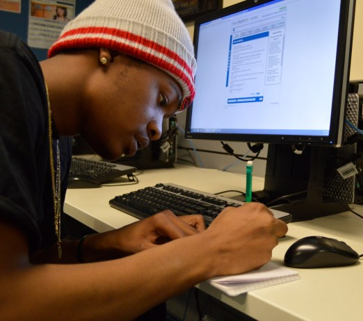 First year student, DeAntoine Wade, 19, Business major, fills out fafsa on-line in the Financial Aid Office on the second floor of the Student Service Building on Tuesday, Feb. 23, 2016 in Pierce College campus in Woodland Hills, Calif. Photo: Laura Chen