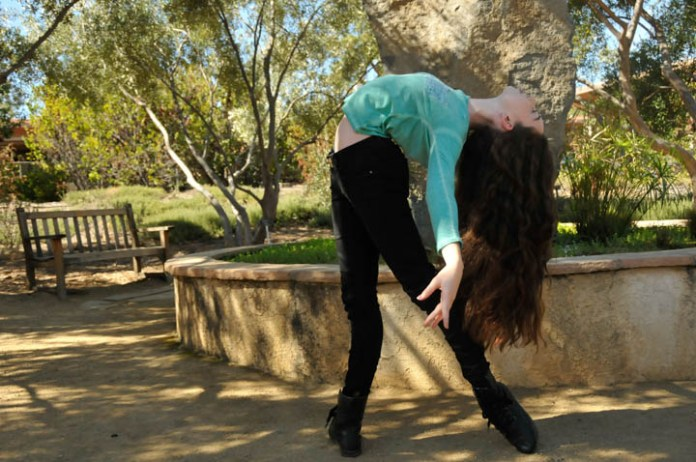 Ballerina,Talia Lebowitz,14, demonstrates Ballerina moves in the Botanical Garden at Pierce College in Woodland Hills, Calif, 2016. Photo by: Sonia Gurrola