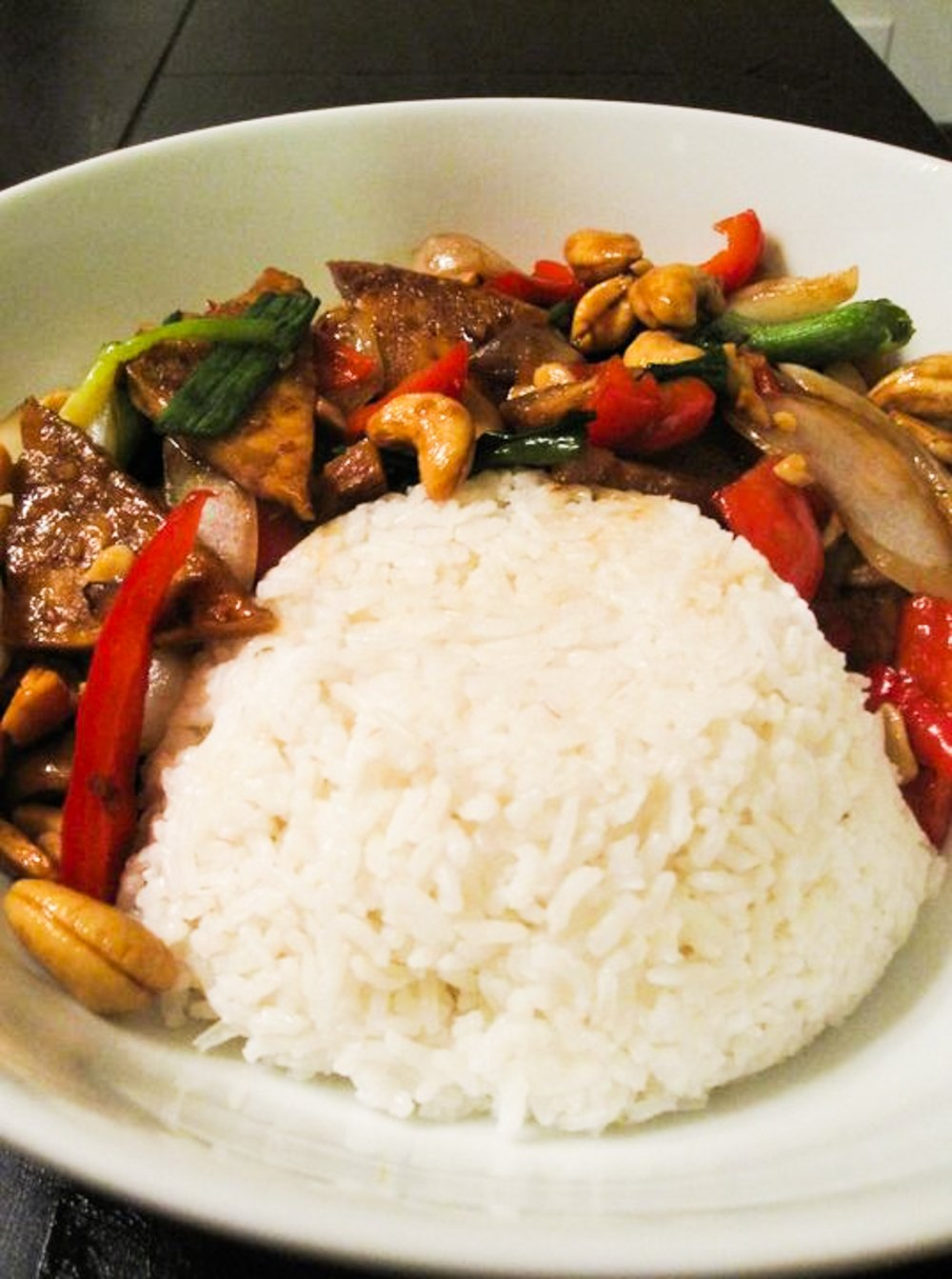 Easy Cashew Stir Fry Recipe - plated recipe with white rice