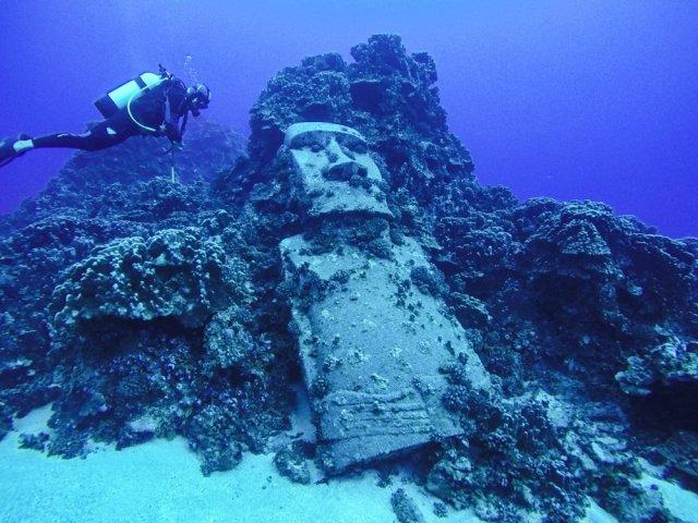 underwater moai site
