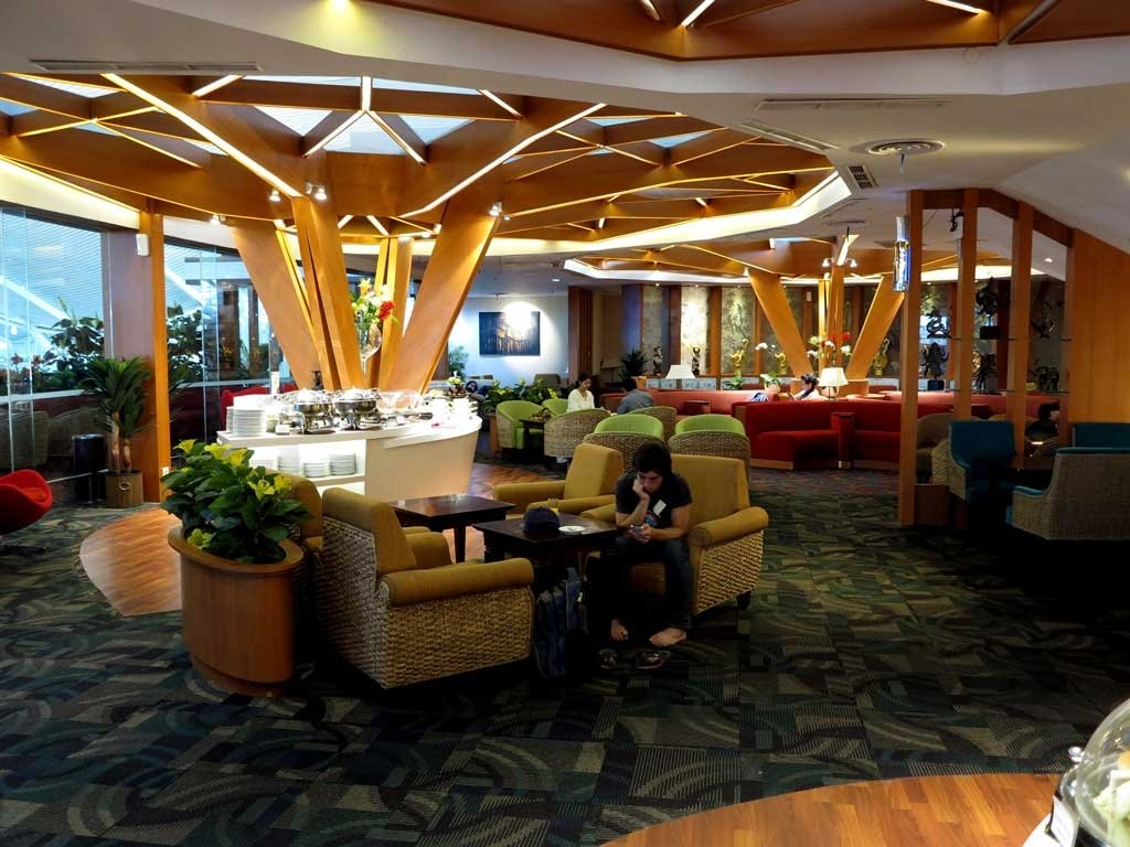 Airport Lounges Around the World - Priority Pass and More