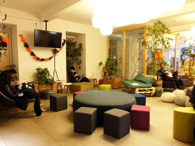 budapest maverick lodges hostel living quarter