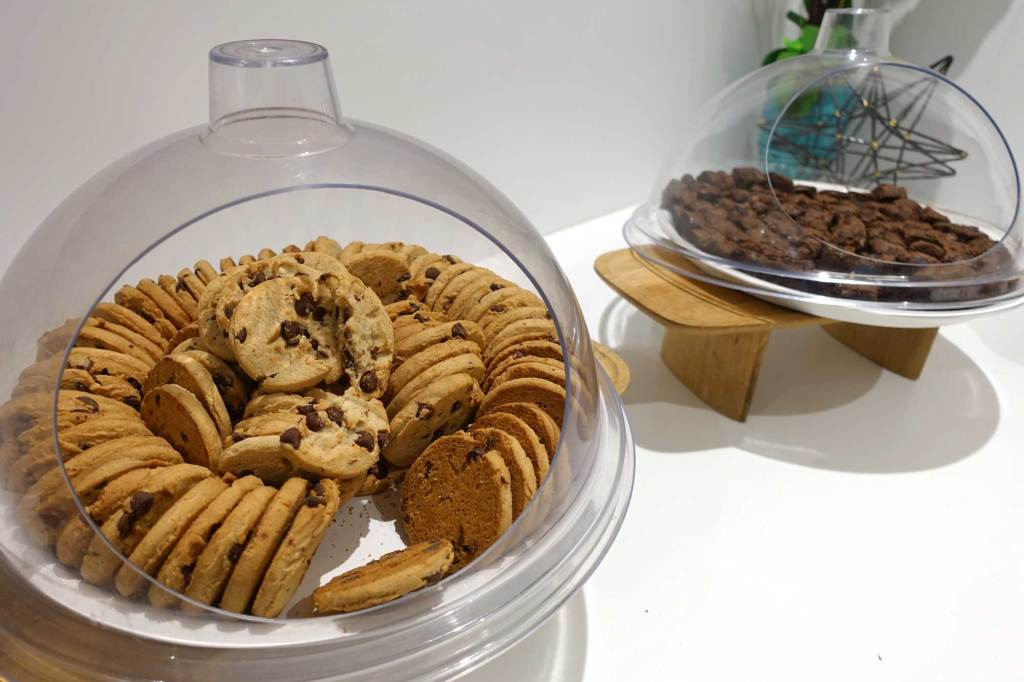 cookies and snacks at the lounge boston