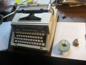 Dixon Typewriter