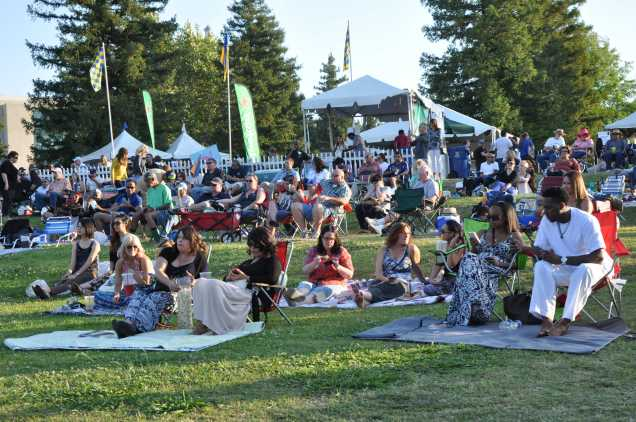 Saturday, May 9, 2015 proved to be the perfect evening for jazz enthusiasts at the Bakersfield Jazz Festival held at the CSUB amphitheater.  Ice chests, cheese and wine, and blankets accompanied listeners enjoyed the sounds of Jonathan Kreisberg Quartet. Patti Morris/ The Runner