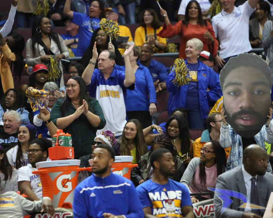 CSUB fans cheer on the Roadrunners at the WAC title game on Saturday in the Orleans Arena. Photo by AJ Alvarado/The Runner