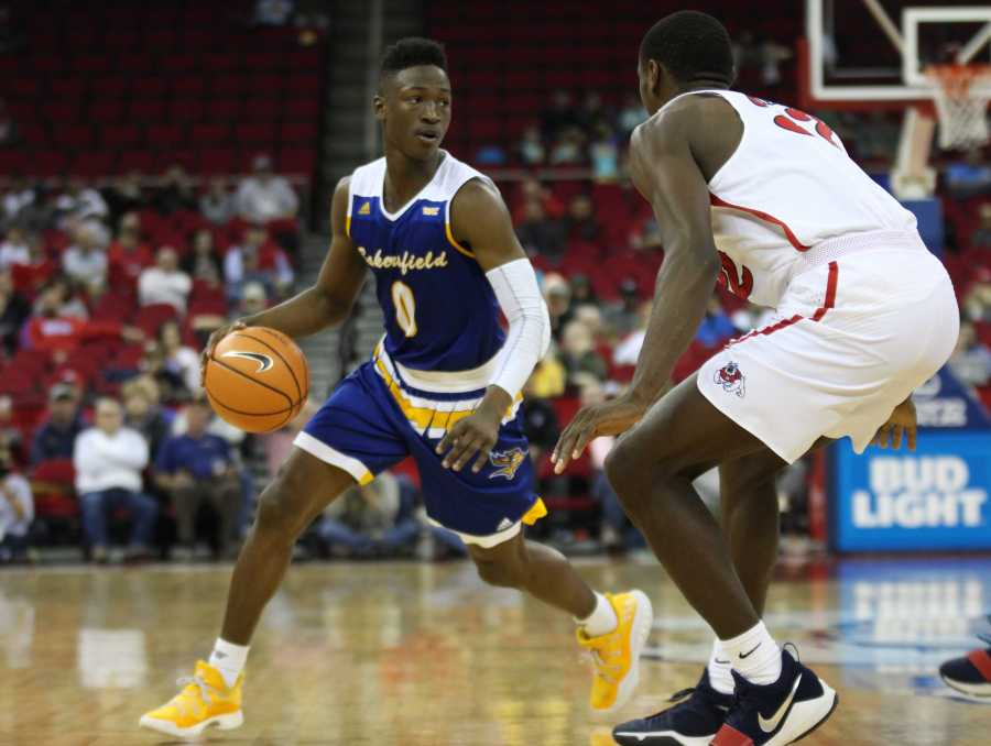 Roadrunners offense stalls, drop fourth straight