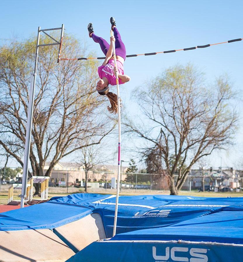 CSU Bakersfield sophomore pole vaulter, Julianne Finch, practices on the track near the Icardo Center, on Wednesday, Feb. 28.  Photo: Simer Khurana