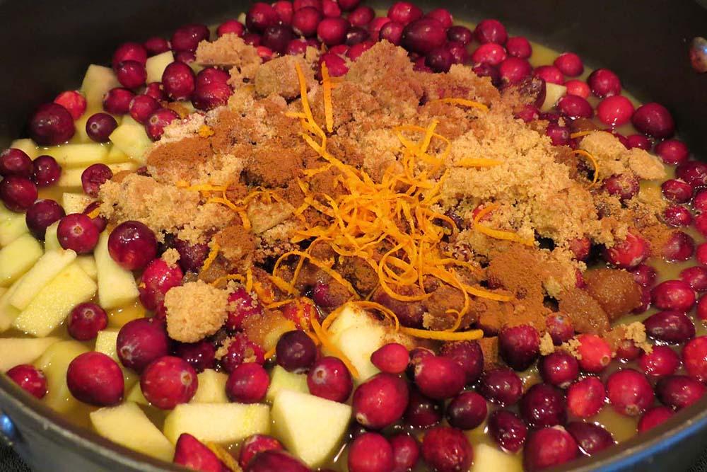 adding-ingredients-cranberry-sauce