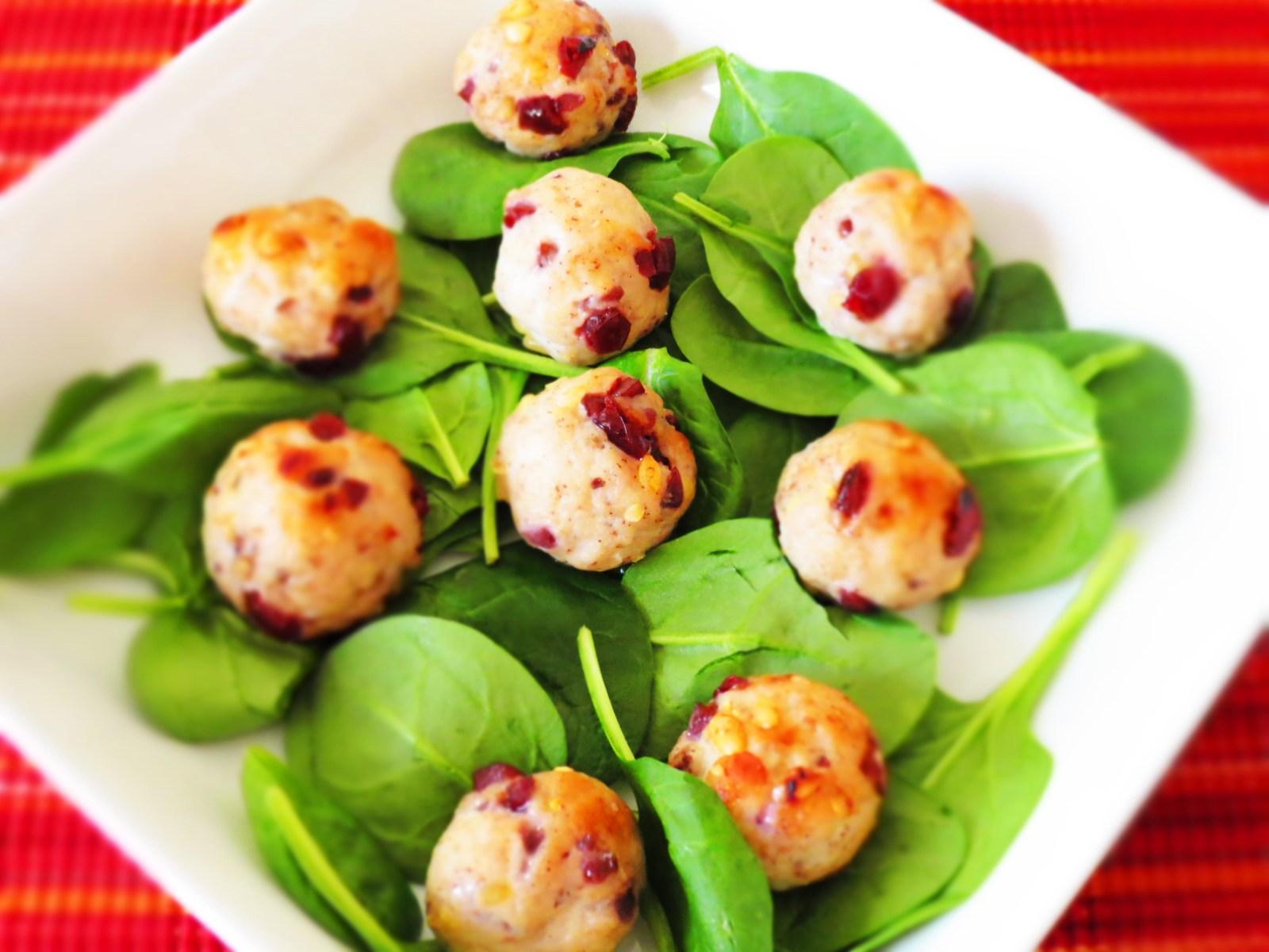 serving-meatballs