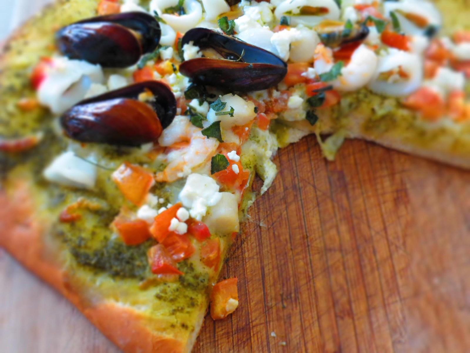 sliced-pizza