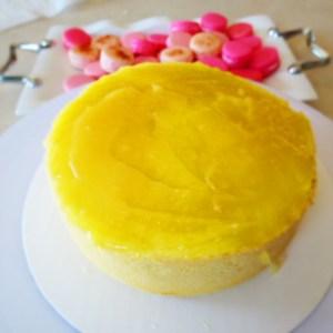 applying lemon curd