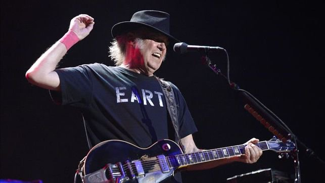 Neil Young MadCool 2016